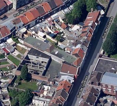 Batiment ou ancienne usine rue de Guisnes (invisible de la rue)