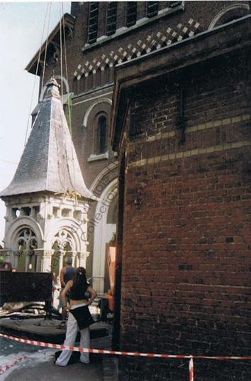 St Jean Baptiste clocher descendu- juin 2001 copie