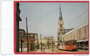 st christophe et ancien tram et imm place du chateau 09-12-2013 21-26-05