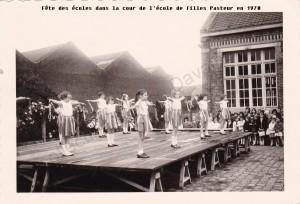 fête des écoles ecole pasteur 1970 (col fd)